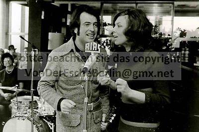 STARLETS: WHYN + ANDREA - Der NACHBAR - 3 OriginalFotos - FOTO: Ingo BARTH