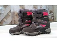 Mountain warehouse waterproof and warm winter girls boots Size 2. RRP£50 WORN ONCE