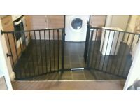Extra wide baby safety gate