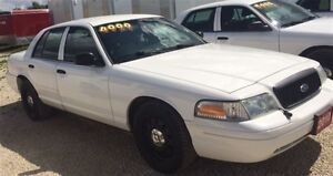 2010 Ford Crown Victoria Police Interceptor w/3.27 Axle