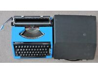 VINTAGE SILVER-REED SILVERETTE II 2 MANUAL TYPEWRITER - BLUE - WITH CASE