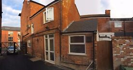 1 Bedroom Property - Available 1st July 2017 (Nottingham Road)