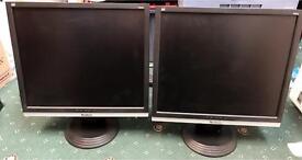 "ViewSonic VA916 ‑ 19"" LCD Monitor ‑ Black/Silver"