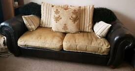 3 Seater Sofa & Snuggle Chair