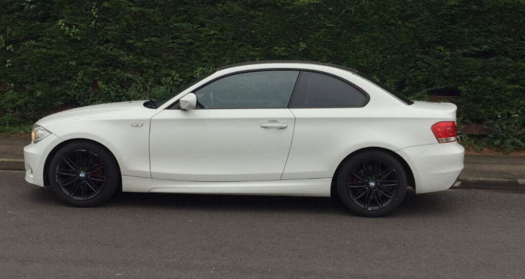 2011 bmw 1 series coupe 118d sport white. full leather interior +