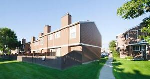 Week Long Special! Family Friendly Townhomes w/Fenced Yards Edmonton Edmonton Area image 7