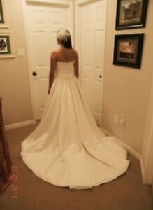 Sample wedding dresses - New never been worn London Ontario image 3