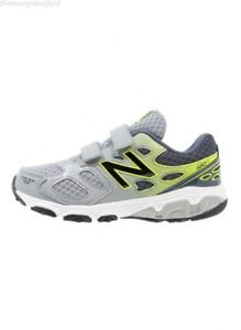 New balance running shoes *NEW*