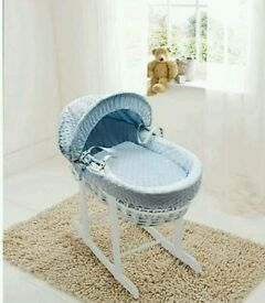 Kinder valley blue Dimple with white Wicker moses basket with FREE Rocking stand. Brand new 5 left