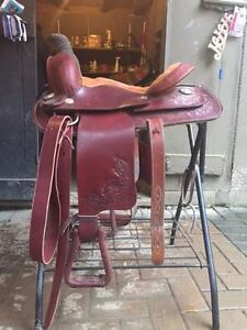 "15"" Roping western saddle"