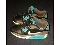 Ladies Original Nike Air Max 90 Shoe Size 5.5