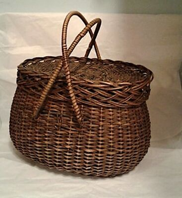 Attractive Vintage Handmade Open Weave Wire Fruit Basket VGC