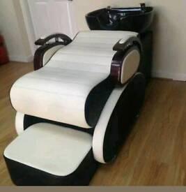 Salon backwash,reception,station's