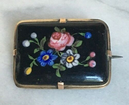 VICTORIAN HAND PAINTED ON ONYX FLORAL BROOCH GOLD FILLED FRAME