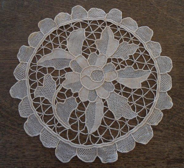 """Vintage Point Venice Needle Lace Centerpiece Doily Ecru Flowers 10"""""""