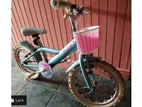 Good condition - Girls bike in light blue for 3-9 years