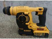 Dewalt 18v xr sds three mode hammer drill +44ah battery