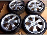 Decorsa 22' alloys and Pirelli tyres