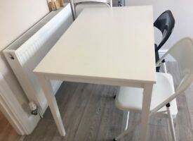 White 6 people table