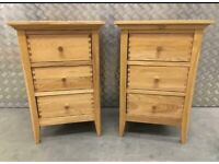 Beautiful solid oak bedside cabinets by Willis and Gambier excellent condition