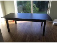 Large dining table- extends to seat 8 people (perfect for Christmas entertaining)