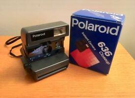 Polaroid Closeup 636 - vintage film camera