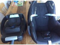 Baby Maxi cosi car seat suitable from birth and isofix base