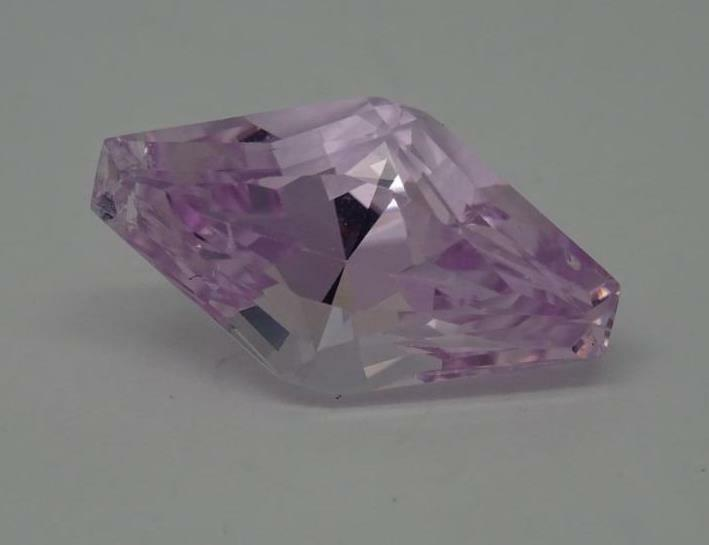 7.03ct Natural Loose Pink Kunzite Faceted Custom Cut Stone,16.93mm x 9.40mm