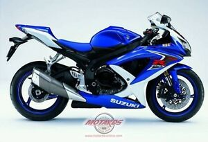 BUYING  GOOD OR DAMAGED SPORT BIKES CBR ZX RG500 GSXR RZ500 R6 Windsor Region Ontario image 3