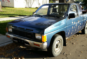1989 Nissan King Cab 5 spd. 2.4 litre   Asking $895 OBO