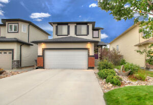 Former showhome, beautifully updated! 396 Redcrow Blvd West