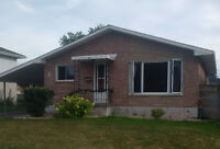 SPACIOUS 4 BEDROOM HOUSE FOR RENT - CENTRAL KINGSTON - $1600