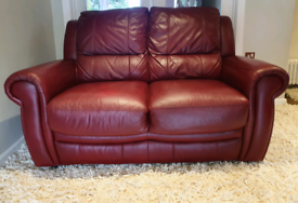 DELIVERY INCLUDED VGC smart 2 seater genuine ox red leather sofa