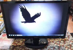 Acer 21.5 inch LCD monitor, like new
