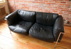 LC3 Le Corbusier Grand Comfort Couch