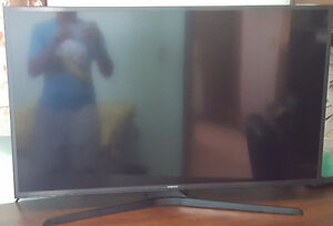 Samsung Smart 6 Series 40 inch tv for cheap