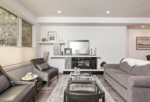 Living the 'Life' off Whyte Ave  **REDUCED**