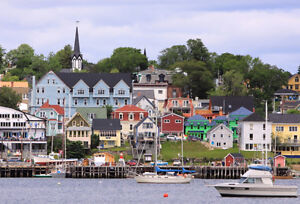 Looking for a home in Old Town Lunenburg for sale by owner.