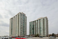 88 Promenade Cir, Mall 1 Bedroom + Den Luxury Condo Thronhill
