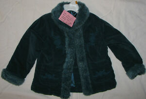 Size 3T / 4T Girls Aqua Green Coat with Fur & Stitching