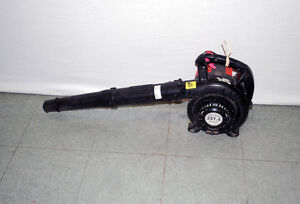 Dolmar 24.5cc 4-Cycle Hand Held Leaf Blower