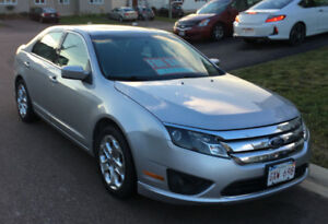 2010 Ford Fusion/ Loaded / New brakes / New Tires