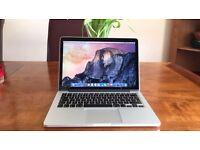 "Apple MacBook 13.3"" retina display. Late 2015 Model. 512gb, 8gb ram"