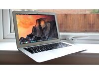 "Macbook AIR 2014 - 13"" - i5 - 4GB - 128GB . 1 year apple care ,Final cut , Logic Pro , Office 2016"