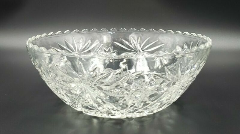 """Anchor Hocking Prescut Clear Large 8 3/4"""" Scalloped Pressed Glass Serving Bowl"""