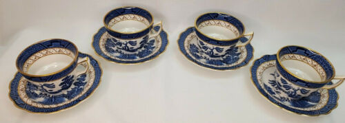 4 Booths Real Old Willow China Gold Scalloped Rim Cups & Saucers A8025