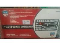 41 pcs 1/2 Dr metric sae socket set