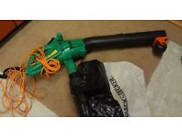 Black & Decker Garden Vacuum and bag with Blower attachment