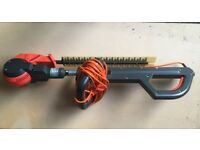 GARDENA THS400 Long Reach Electric Hedge Trimmer in very good conditions