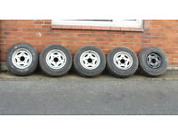 LAND ROVER DEFENDER WHEELS AND SNOW TYRES, set of five